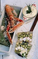Europe/France/Bretagne/29/Finistère: Terrine aux pointes d'asperges et langoustines au jus d'huitres sauce mousseline