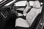 Front seat view of a 2019 Hyundai Tucson Shine 5 Door SUV front seat car photos