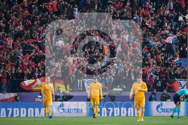 Atletico de Madrid's supporters celebrating the goal during Champions League 2015/2016 Quarter-Finals 2nd leg match. April 13, 2016. (ALTERPHOTOS/BorjaB.Hojas)