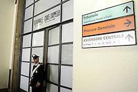 L'ingresso del Tribunale, il logo della sparatoria - The entrance of the Court of Law, the shooting site<br /> Milano 09-04-2015 Tribunale di Milano. In mattinata un imputato in un processo per bancarotta fraudolenta, introducendo una pistola nel Palazzo di Giustizia, ha aperto il fuoco, uccidendo 3 persone.<br /> This morning, a man, during a lawsuit for bankruptcy, succeeded in introducing a gun into the Court of Law in Milan, and shot 3 people to death.<br /> Foto Daniele Buffa/Image Sport/Insidefoto