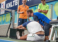 Almere, Netherlands, 24 september 2016, Kickoff Jong Oranje, measuring stretch with fitness trainer Miguel Janssen<br /> Photo: Tennisimages.com/Henk Koster