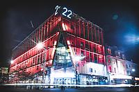 2.22.  au quartier des spectacles, la, nuit