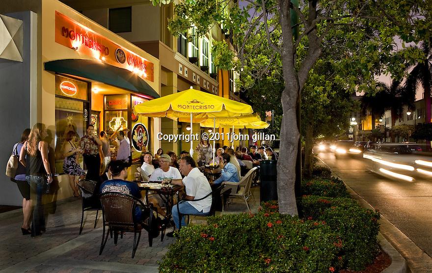 Cuenca cigar shop Monticristo Lounge