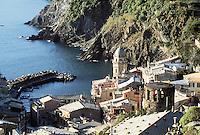 - the Vernazza village (Cinque Terre)....- il paese di Vernazza (Cinque Terre)