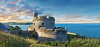 St Mawes Castel defensive Tudor coastal fortresses (1540) built  for King Henry VIII, Falmouth, Cornwall, England