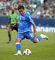 El Salvador's Eliseo Quintanilla sends in a cross.  El Salvador defeated Cuba 6-1 at the 2011 CONCACAF Gold Cup at Soldier Field in Chicago, IL on June 12, 2011.