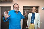 CLAUDIO PETRUCCIOLI CON PAOLO GRANZOTTO<br /> PREMIO LETTERARIO CAPALBIO 2004
