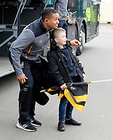 Photo: Richard Lane/Richard Lane Photography. Tigers v Wasps. Gallagher Premiership. 02/03/2019. Wasps' Marcus Watson posses with a supporter as the team arrives.