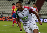 MANIZALES - COLOMBIA - 15 - 02 - 2018: Ray Vanegas, jugador de Once Caldas, celebra el gol anotado al Deportivo Pasto, durante partido entre Once Caldas y Deportivo Pasto, de la fecha 3 por la Liga de Aguila I 2018 en el estadio Palogrande en la ciudad de Manizales. / Ray Vanegas, player of Once Caldas, celebrates a scored goal to Deportivo Pasto, during a match between Once Caldas and Deportivo Pasto, of the 3rd date  for the Liga de Aguila I 2018 at the Palogrande stadium in Manizales city. Photo: VizzorImage  / Santiago Osorio / Cont.