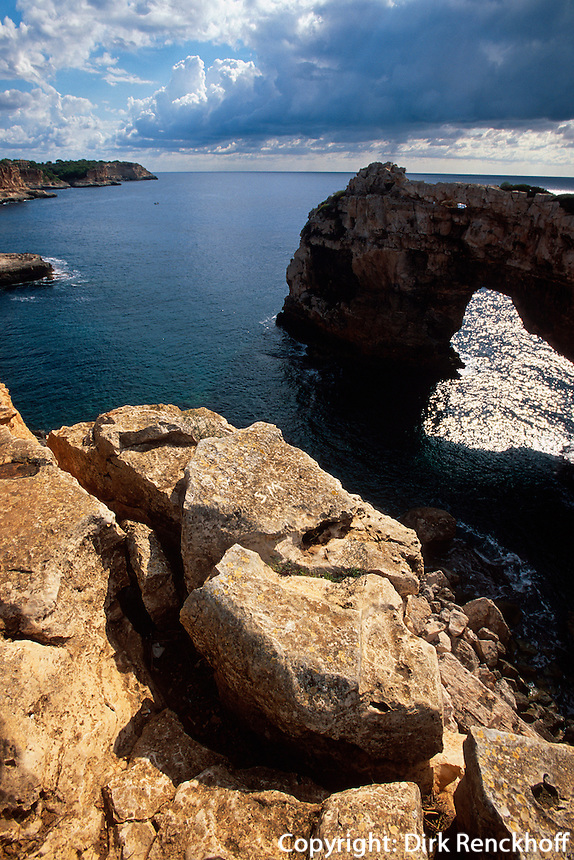 Fels Es Pontas bei Cala Santanyi, Mallorca, Spanien