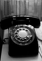 1980 - 1989 HUM - TELEPHONES
