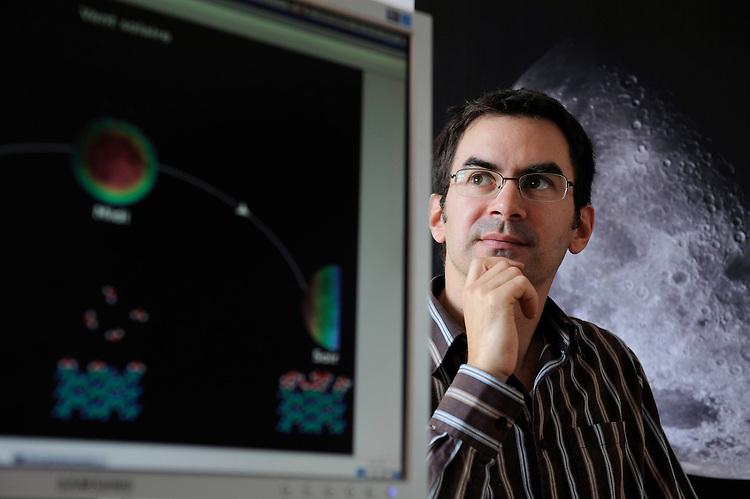 Olivier Groussin, astronome marseillais, le 16 octobreau LAM, technopole de Château-Gombert - Marseille