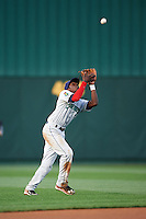 Cedar Rapids Kernels shortstop Nick Gordon (5) catches a pop up during a game against the South Bend Cubs on June 5, 2015 at Four Winds Field in South Bend, Indiana.  South Bend defeated Cedar Rapids 9-4.  (Mike Janes/Four Seam Images)