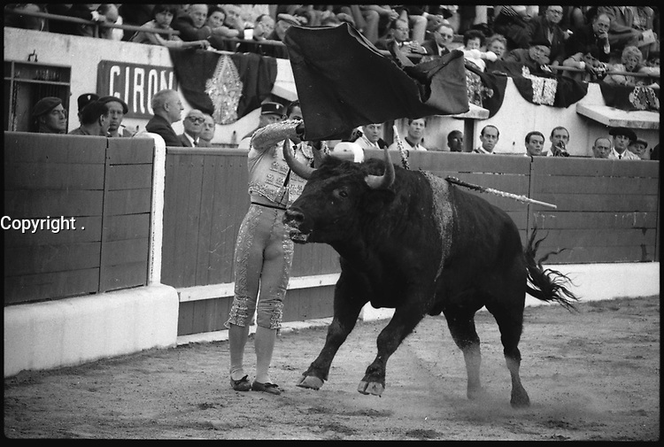 . 18 Septembre 1966. Vue de la corrida de Curro Giron dans les arènes de Toulouse.