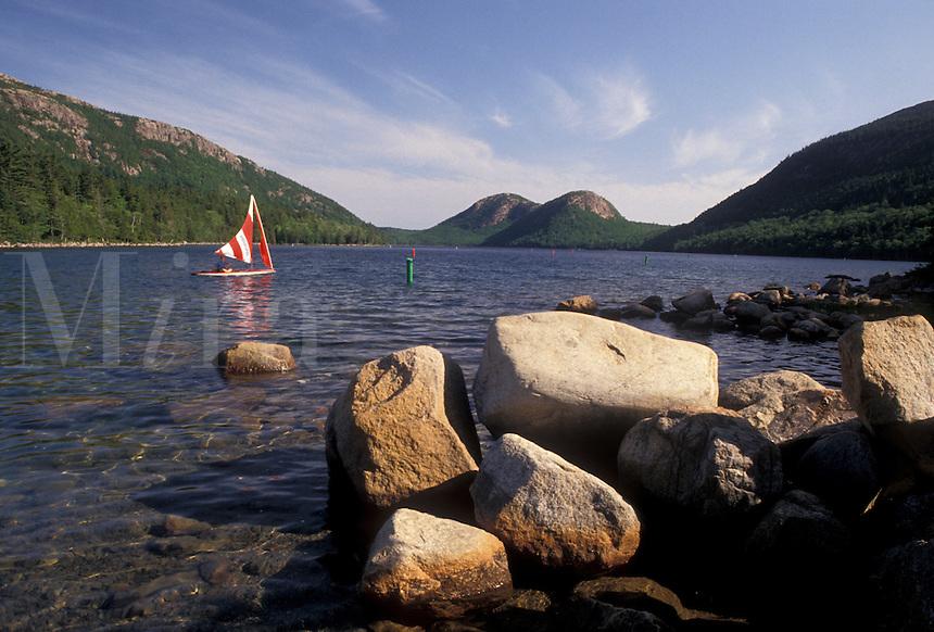 AJ4479, Acadia National Park, lake, pond, Acadia, sailboat, Maine, Scenic view of sailboat on Jordan Pond in Acadia Nat'l Park in the state of Maine.