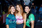 Enjoying the evening in Killarney on Saturday, l to r: Sonya Smith (Killarney), Dayna Courtney (Glenflesk) and Shona Collins (Killarney).