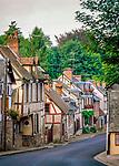 Frankreich, Haute-Normandie, Département Eure, Lyons-la-Forêt: Altstadtgasse | France, Haute-Normandy, Département Eure, Lyons-la-Forêt: Old Street in Town