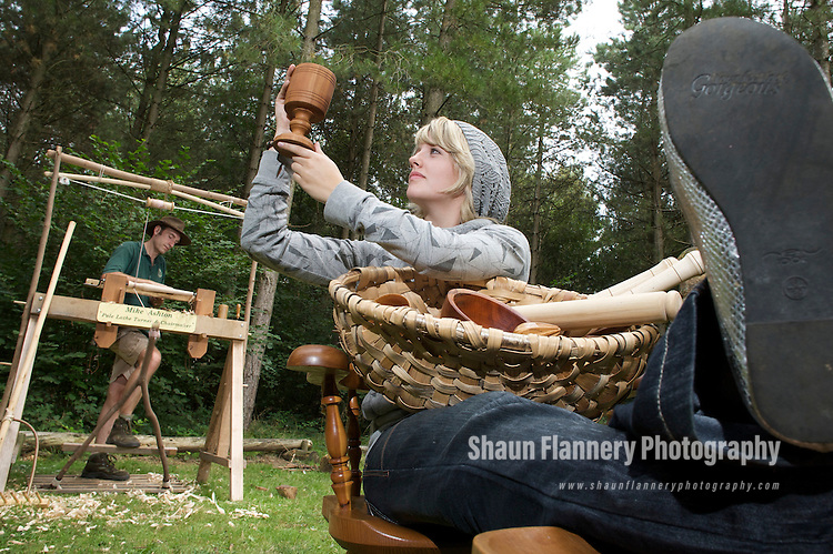 Pix: Shaun Flannery/sf-pictures.com....COPYRIGHT PICTURE>>SHAUN FLANNERY>01302-570814>>07778315553>>..30th August 2008............Pole Lathe Wood Turner Mike Ashton at work in Chambers Farm Wood, near Wragby, Lincs with daughter Becky..Forestry Commission.
