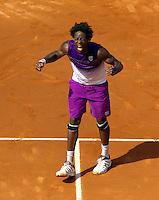 30-05-11, Tennis, France, Paris, Roland Garros , Gael Monfils  schreeuwt het uit na zijn overwinning op David Ferrer