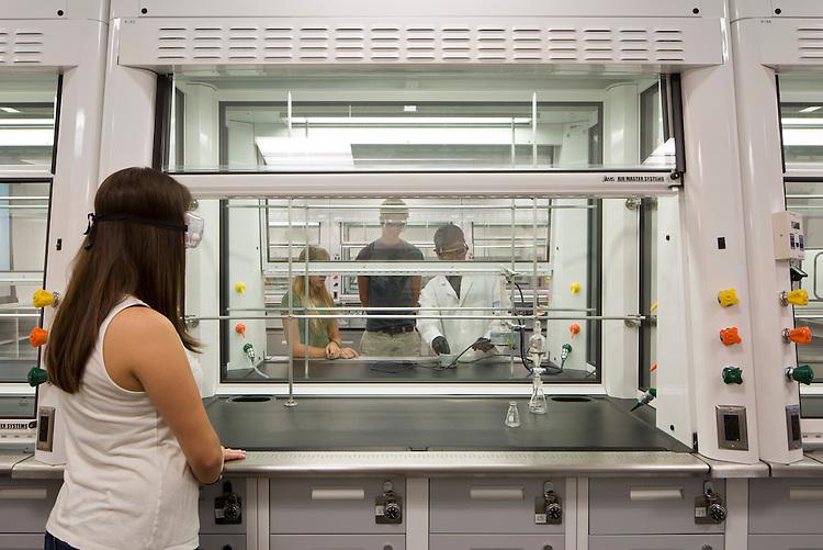 Organic Chemistry Laboratory at Bowling Green State University | BHDP Architecture
