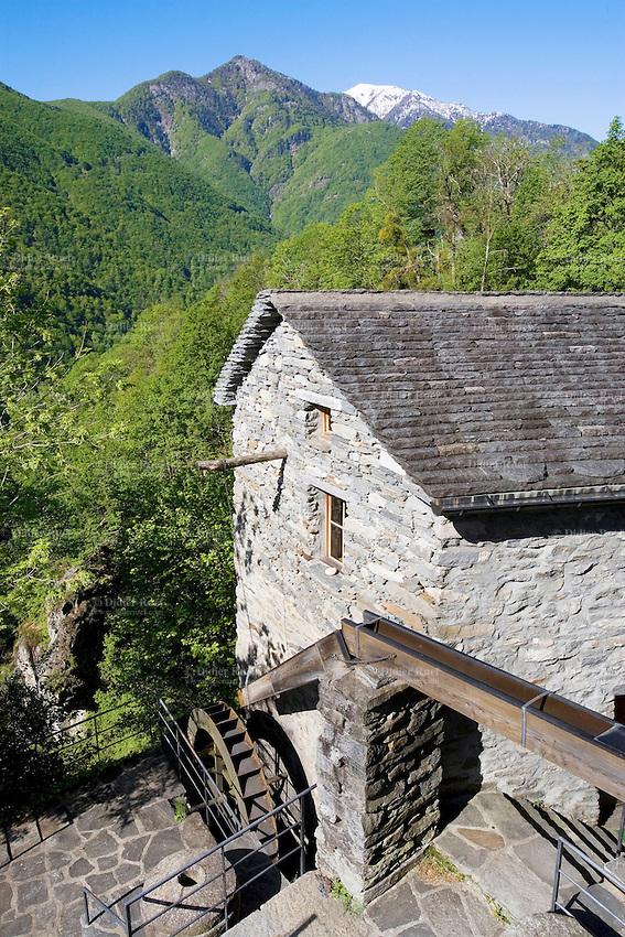 Switzerland. Canton Ticino. Onsernone's valley. Village of Loco. Watermill. ( Il Mulino di Loco). 07.05.09 © 2009 Didier Ruef
