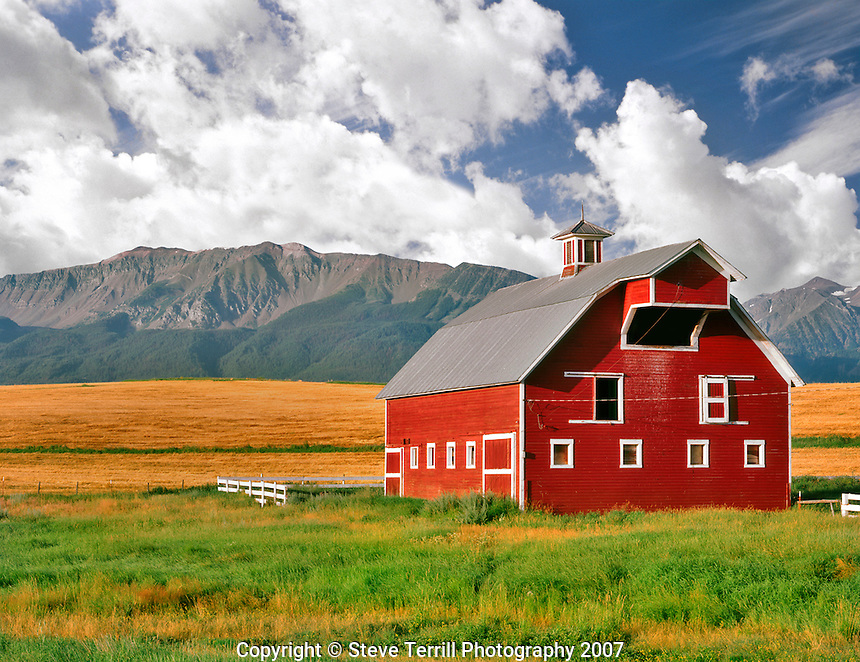 Eggleson Corner Barn with afternoon lighting in Wallowa County, Oregon