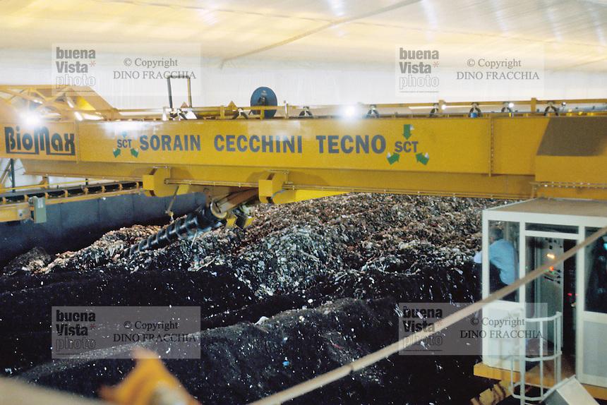 - plant for digestion and recycle of the solid urban waste, compost production....- impianto per lo smaltimento e il riciclo dei rifiuti solidi urbani, produzione del compost