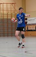 Nathalie Schäfer (Walldorf) lenkt das Spiel - Mörfelden-Walldorf 09.02.2020: TGS Walldorf vs. TGB Darmstadt, Sporthalle