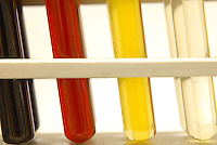 Da direita para esquerda - Babaçú(transparente), Maracujá(amarelo), Buriti(vermelho), Açaí(verde).<br /> Instalações industriais da Beraca em Ananindeua, laboratório e parte industrial.<br /> Ananindeua, Pará, Brasil.<br /> Foto Paulo Santos/Interfoto.<br /> 02/10/2008