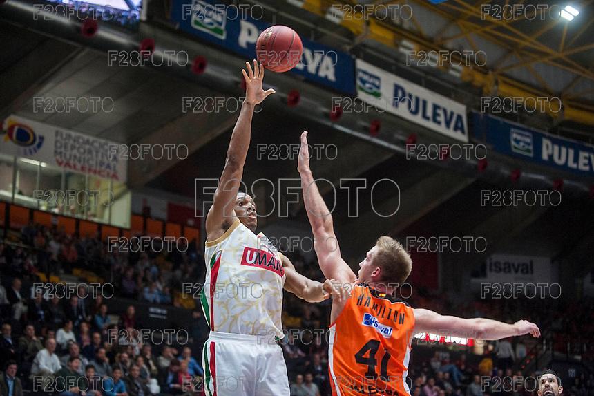 VALENCIA, SPAIN - NOVEMBER 3: Josh Owens, Justin Hamilton during EUROCUP match between Valencia Basket Club and CAI Zaragozaat Fonteta Stadium on November 3, 2015 in Valencia, Spain