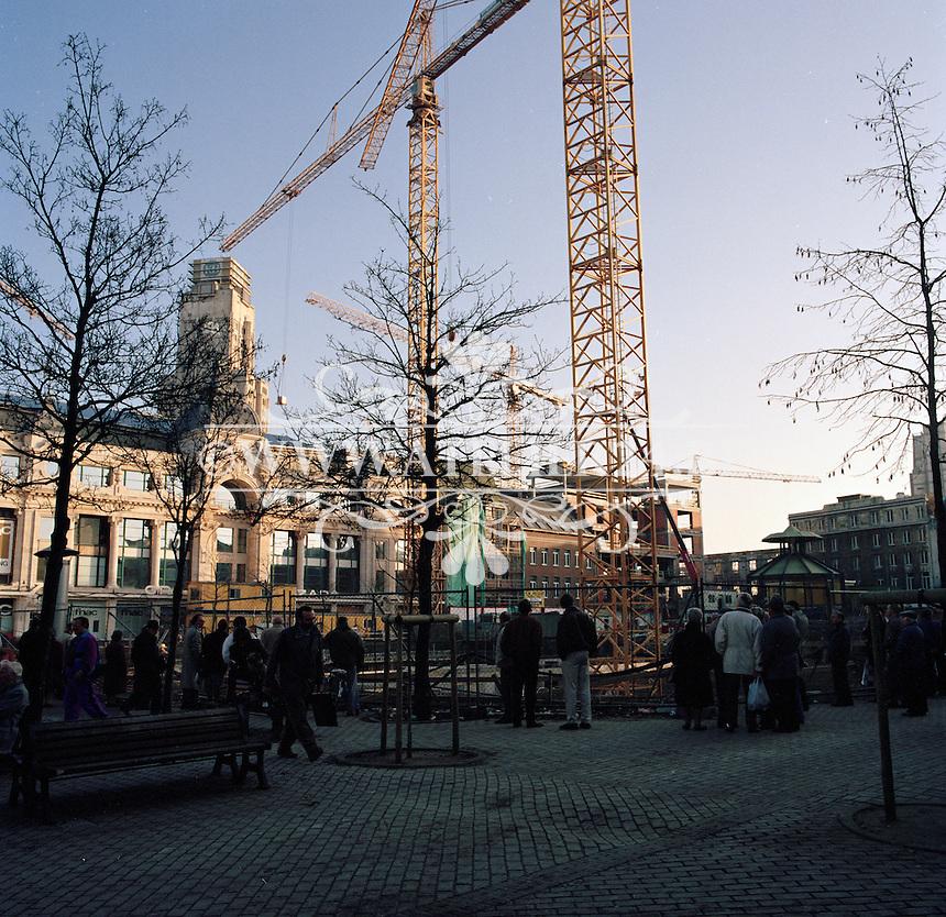 Februari 1992. Werken op de Groenplaats in Antwerpen.