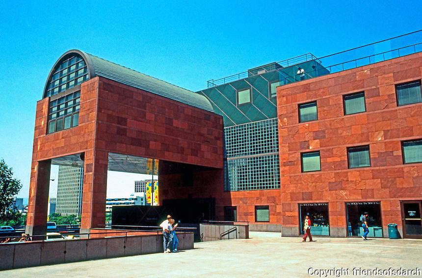 Los Angeles: Museum of Contemporary Art, 1984-86. Arata Isozaki.  Photo '91.