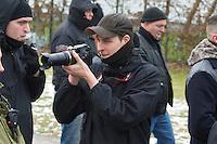 NPD-Veranstaltung gegen geplantes Fluechtlingsheim in Berlin-Neukoelln.<br />Etwa 30 Mitglieder und Sympathiesanten der NPD kamen am Samstag den 16. Februar 2013 zu einer oeffentlichen Veranstaltung der NPD-Berlin. Die NPD versuchte mit der Veranstaltung Stimmung gegen ein geplantes Fluechtlingsheim in Berlin-Neukoelln zu machen.<br />16.2.2013, Berlin<br />Copyright: Christian-Ditsch.de<br />[Inhaltsveraendernde Manipulation des Fotos nur nach ausdruecklicher Genehmigung des Fotografen. Vereinbarungen ueber Abtretung von Persoenlichkeitsrechten/Model Release der abgebildeten Person/Personen liegen nicht vor. NO MODEL RELEASE! Don't publish without copyright Christian-Ditsch.de, Veroeffentlichung nur mit Fotografennennung, sowie gegen Honorar, MwSt. und Beleg. Konto:, I N G - D i B a, IBAN DE58500105175400192269, BIC INGDDEFFXXX, Kontakt: post@christian-ditsch.de<br />Urhebervermerk wird gemaess Paragraph 13 UHG verlangt.]