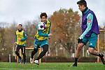 22.11.2020, Trainingsgelaende am wohninvest WESERSTADION,, Bremen, GER, 1.FBL, Werder Bremen Training, im Bild<br /> <br /> <br /> <br /> Yuya Osako (SV Werder Bremen #8) mit Blick zum Ball  re Ilia Gruev (Werder Bremen #28), hinten Niklas Moisander (Werder Bremen #18 Kapitaen)<br /> <br /> Foto © nordphoto / Gumz