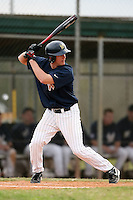 February 22, 2009:  Catcher Andrew Scherer (7) of West Virginia University during the Big East-Big Ten Challenge at Naimoli Complex in St. Petersburg, FL.  Photo by:  Mike Janes/Four Seam Images