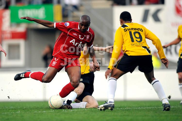 emmen voetbal fc twente - nac play  off erediivisie seizoen 2007-2008 29-04-2008  denneboom en mtilliga.fotograaf Jan Kanning