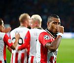 Nederland, Eindhoven, 15 september 2015<br /> Champions League<br /> Seizoen 2015-2016<br /> PSV-Manchester United<br /> Luciano Narsingh van PSV steekt een duim in zijn mond nadat hij een doelpunt heeft gemaakt, 2-1