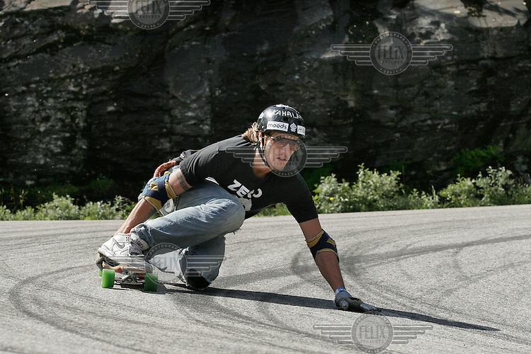 Alex Lyngaas won the first Norwegian dowhill longboard championship. The first ever Norwegian Longboarding Championship was held during the Extreme Sport Week, an annual event that draws adrenalin junkies to the small Norwegian mountain town of Voss. © Fredrik Naumann