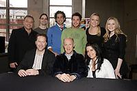 Les interprètes québécois qui prêteront leur voix pour<br /> > la version francaise des chansons du film HAIRSPRAY Réalisé par Adam Shankman, le film met<br /> > en vedette John Travolta, Amanda Bynes, Christopher Walken,<br /> > Michelle Pfeiffer, Queen Latifah et Nikki Blondsky. Distribué au<br /> > Québec par Alliance Atlantis Vivafilm, « HAIRSPRAY » prendra<br /> > l'affiche en versions francaise et anglaise le 20 juillet prochain.<br /> <br /> <br /> <br /> HAIRSPRAY » est une adaptation de la comédie musicale du même nom<br /> > lancée en 2002 à Broadway, elle-même adaptée du film de John Waters<br /> > sorti en 1988.<br /> <br /> photo : Pierre Roussel (c)  Images Distribution
