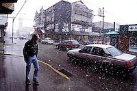 Ushuaia in Fireland. The southest free trade zone on earth.<br /> 27.10.2000, Ushuaia<br /> Copyright: Christian-Ditsch.de<br /> [Inhaltsveraendernde Manipulation des Fotos nur nach ausdruecklicher Genehmigung des Fotografen. Vereinbarungen ueber Abtretung von Persoenlichkeitsrechten/Model Release der abgebildeten Person/Personen liegen nicht vor. NO MODEL RELEASE! Nur fuer Redaktionelle Zwecke. Don't publish without copyright Christian-Ditsch.de, Veroeffentlichung nur mit Fotografennennung, sowie gegen Honorar, MwSt. und Beleg. Konto: I N G - D i B a, IBAN DE58500105175400192269, BIC INGDDEFFXXX, Kontakt: post@christian-ditsch.de<br /> Urhebervermerk wird gemaess Paragraph 13 UHG verlangt.]