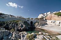 Castro Marina - Salento - Puglia - Porto con attracco.