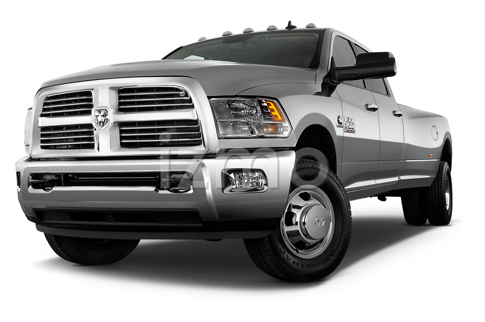 Stock pictures of low aggressive front three quarter view of 2017 Ram 3500 Big Horn 4 Door Pick Up