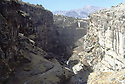 Irak 1991   Gorges du Gali Ali Beg et la ville de Rowanduz   Iraq 1991  Gorges of Gali Ali Beg and the city of Rowanduz