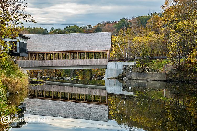 The Quechee covered bridge in Quechee, Vermont, USA