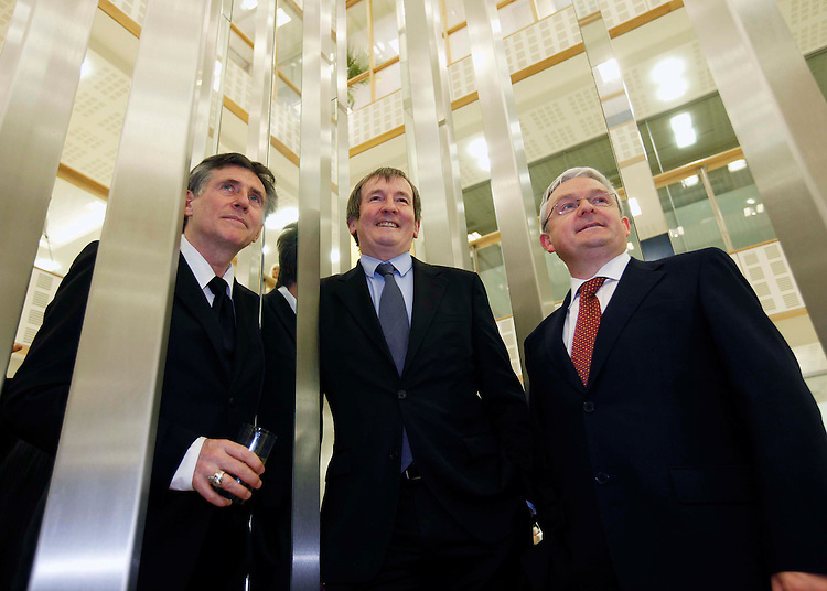 No Repro Fee....Actor Gabriel Byrne (left) with Declan Moylan, Chairman, Mason Hayes+Curran and Peter Keegan, Country Executive, Bank of America Merrill Lynch (right), pictured here under the Atrium Sculpture by Dublin born Sculptor, Corban Walker at the Business to Arts evening held in the offices of Mason Hayes+Curran, Dublin where the actor addressed a business audience on their role in building sustainability in the arts sector into the future.  Business to Arts recently launched the 'New Stream' programme to develop income generation skills in the arts sector, supported by Bank of America Merrill Lynch. Pic. Robbie Reynolds/CPR