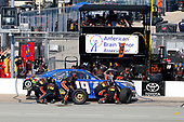 NASCAR XFINITY Series<br /> TheHouse.com 300<br /> Chicagoland Speedway, Joliet, IL USA<br /> Saturday 16 September 2017<br /> Matt Tifft, TMNT Lone Rat & Cub/ABTA Toyota Camry pit stop<br /> World Copyright: Russell LaBounty<br /> LAT Images