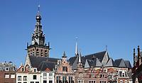 Nederland  Nijmegen  - September 2020 .  De Grote Markt en de Stevenskerk. .    Foto : ANP/ Hollandse Hoogte / Berlinda van Dam