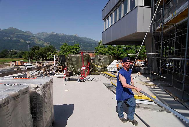 Zwischenbaureportage des Schulzentrums Mühleholz 2 in Vaduz..©Paul Trummer, Mauren / FL.www.travel-lightart.com..