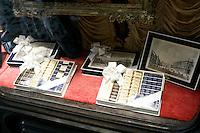 La vetrina di una cioccolateria a Torino.<br /> Chocolate shop windows in Turin.<br /> UPDATE IMAGES PRESS/Riccardo De Luca