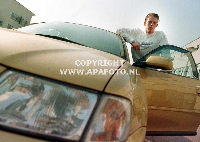 Arnhem,01-04-99  Foto:Koos Groenewold (APA)<br />Vitesse-voetballer Patrick Ax